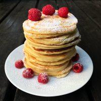 Dinkel Pancakes mit Wachteleiern